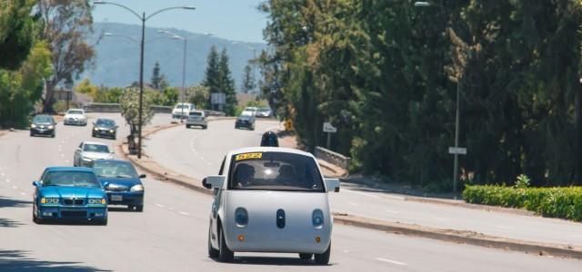 כך הפכה גוגל, בשקט בשקט, ליצרנית מכוניות
