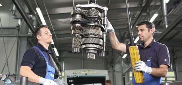ZF קוראת לתיקון של תיבת תשעת ההילוכים האוטומטית