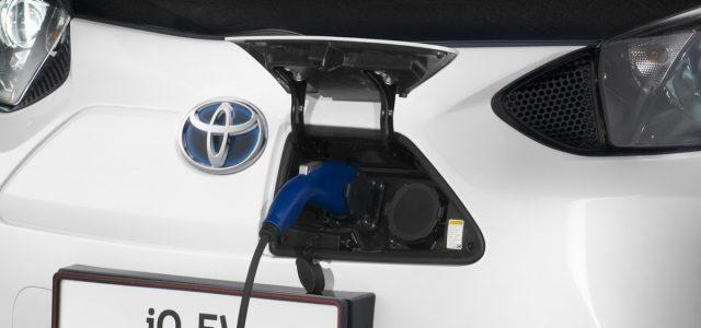 המהנדס הראשי של טויוטה: יותר זול לייצר מכוניות חשמליות מהיברידיות