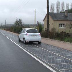 צרפת חנכה את הכביש הסולארי הראשון בעולם