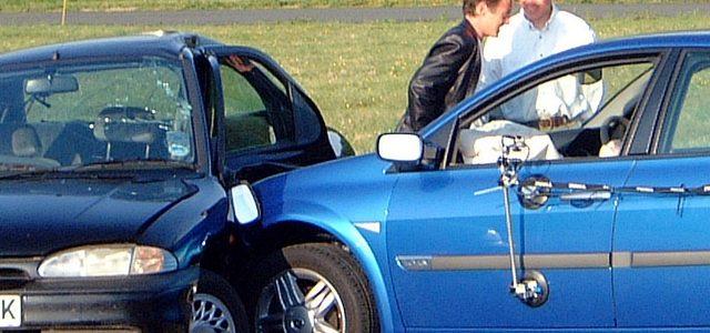 האם מכירת רכב מבטלת את הביטוח?