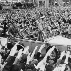 לזכור ולא לשכוח: השלטון הנאצי ותעשיית הרכב הגרמנית