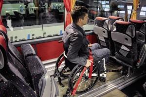 daimler_bus_wheelchair2