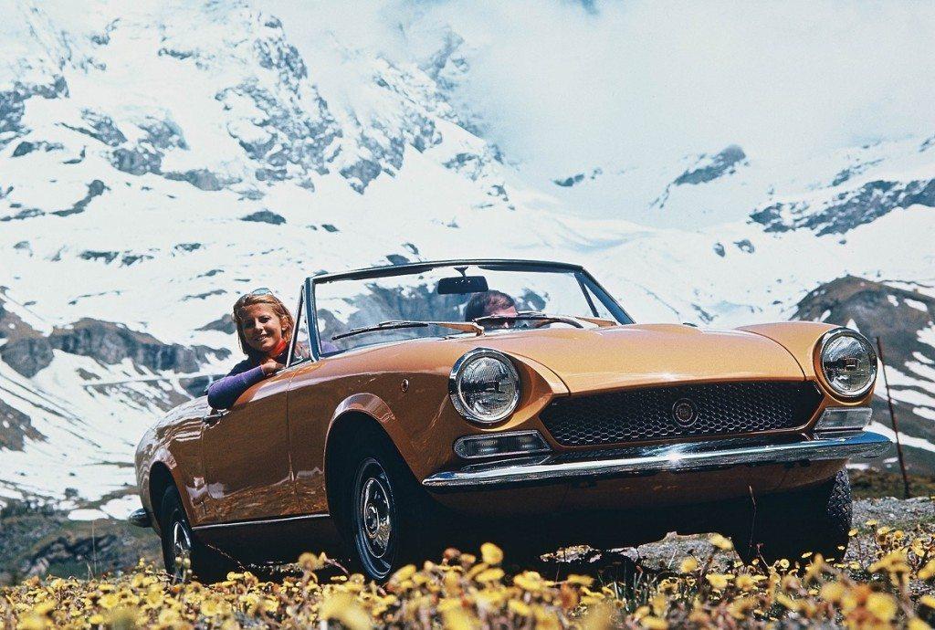 Fiat_124 Sport Spider 1969-1982 A