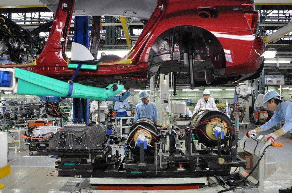 מפעל הרכבה טויוטה יפן 0077