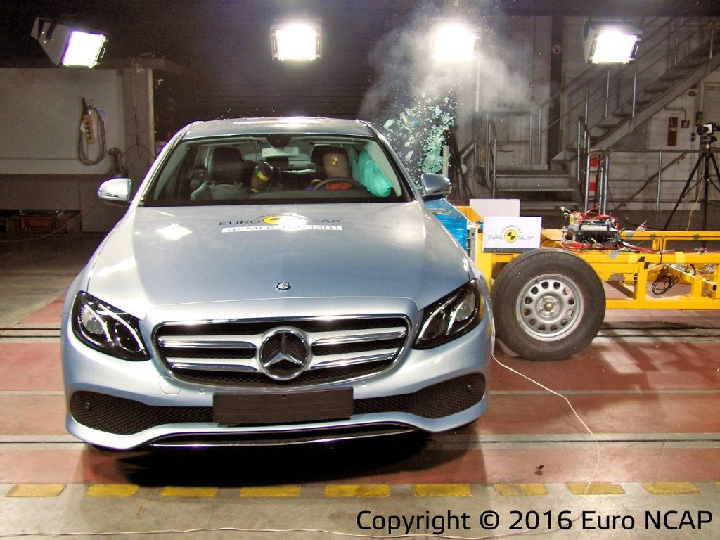 Euro NCAP מרצדס E קלאס 006 - 2016