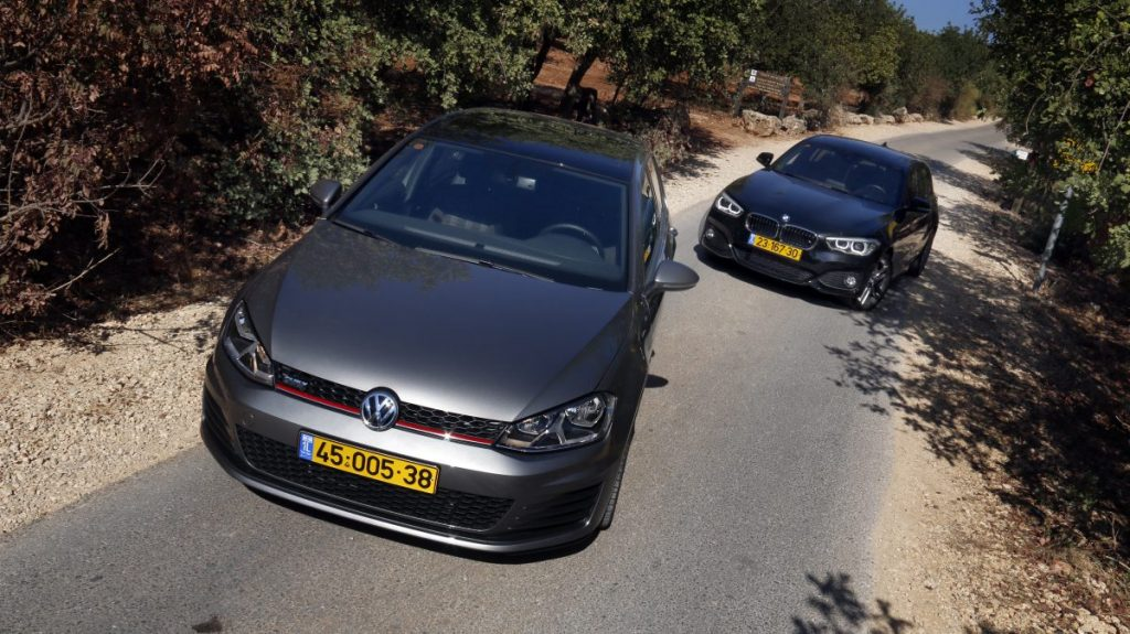 SMALL_bmw 125 vs golf gti _0011
