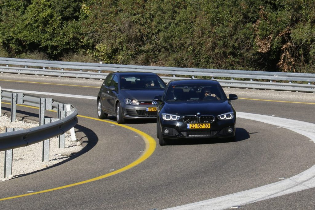 SMALL_bmw 125 vs golf gti _0023
