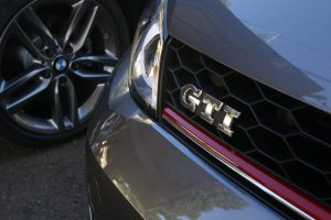 SMALL_bmw 125 vs golf gti _0045