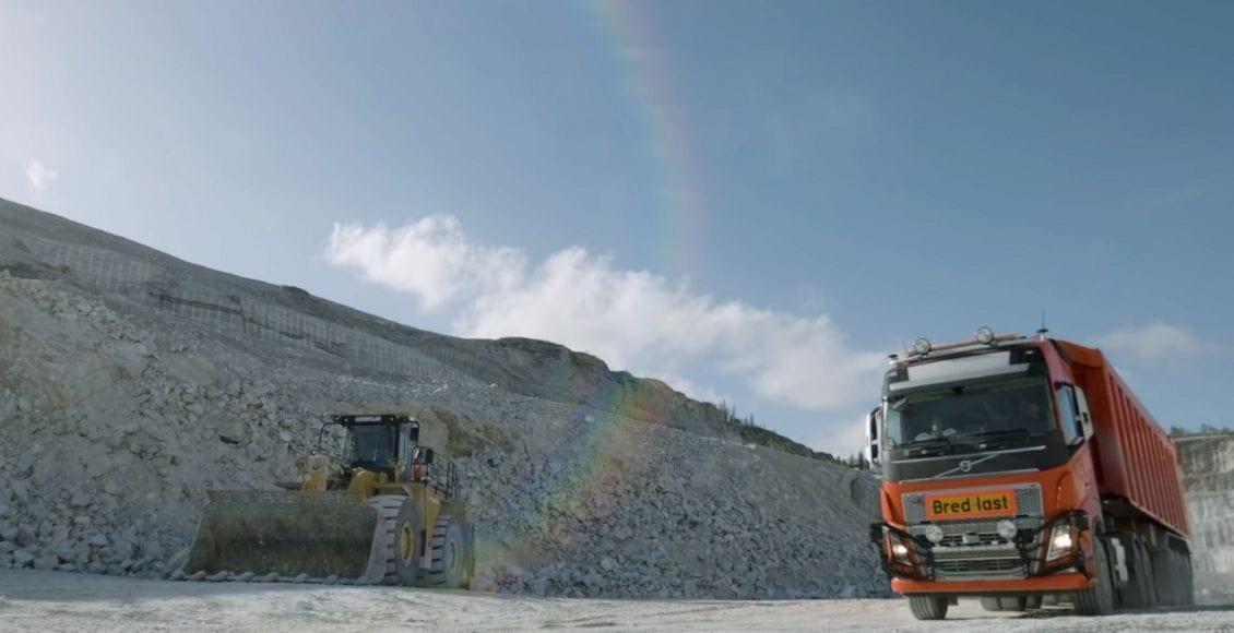 משאית אוטונומית מתוצרת וולוו 0013