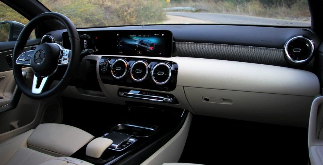 Mercedes A200 14
